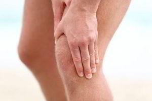 Боль в колене у мужчин