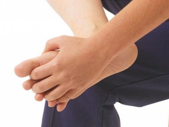 Перелом руки симптомы и лечение