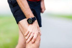 При ходьбе болит колено