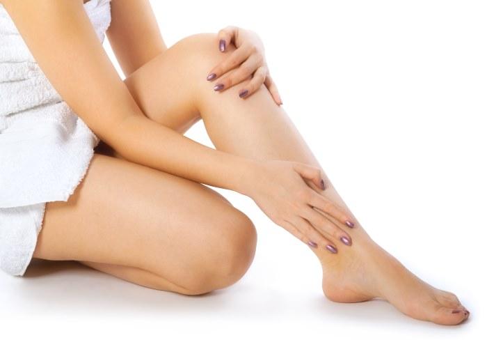 Тянет ногу от бедра до колена сзади лечение